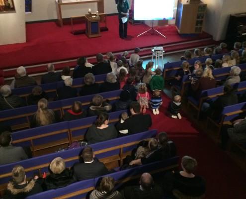 Barna og fjölskylduguðsþjónusta 6. febrúar 2016, altari